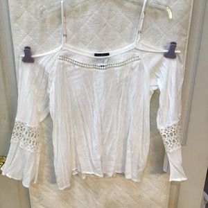 Jessica Simpson white summer blouse